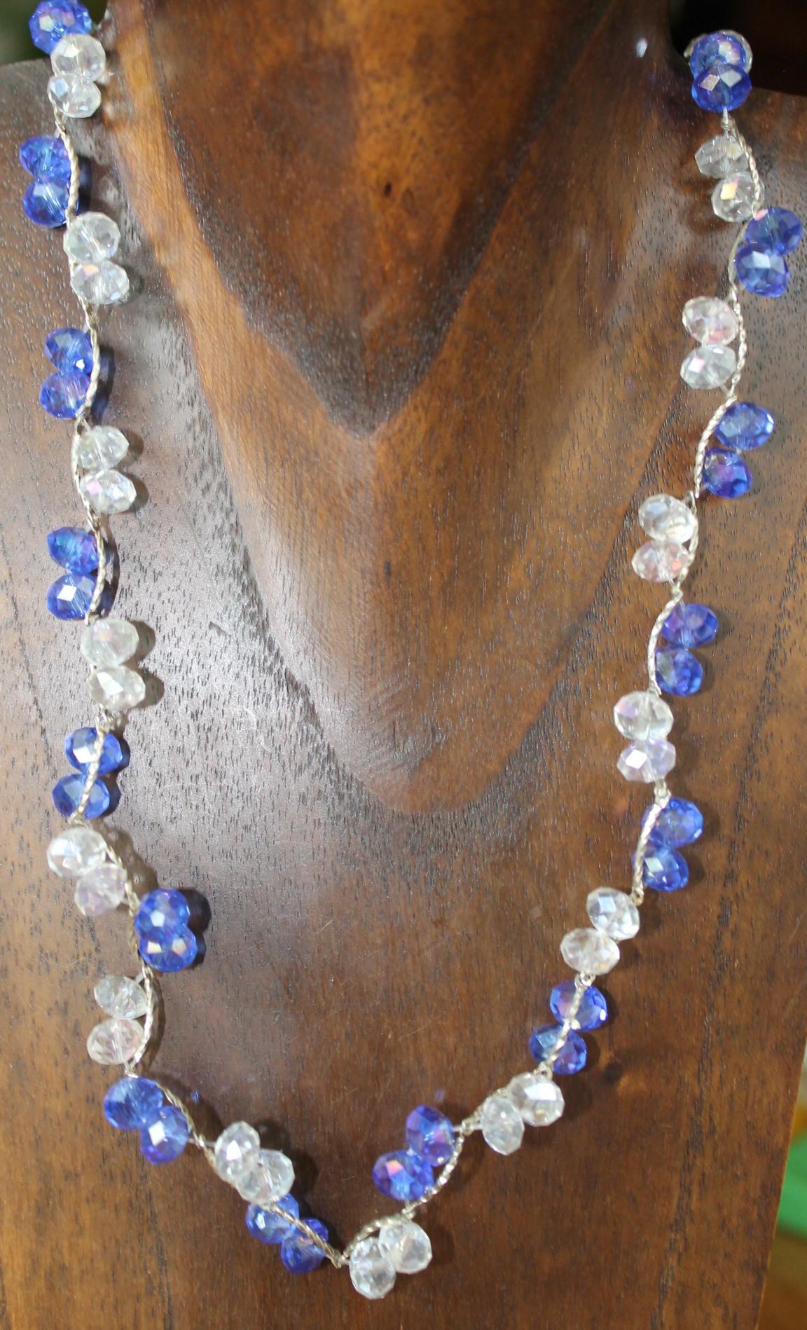 28a075cd6c9b Collar de bisutería de cristal azul y blanco n172 – Brazaletes y Sortijas