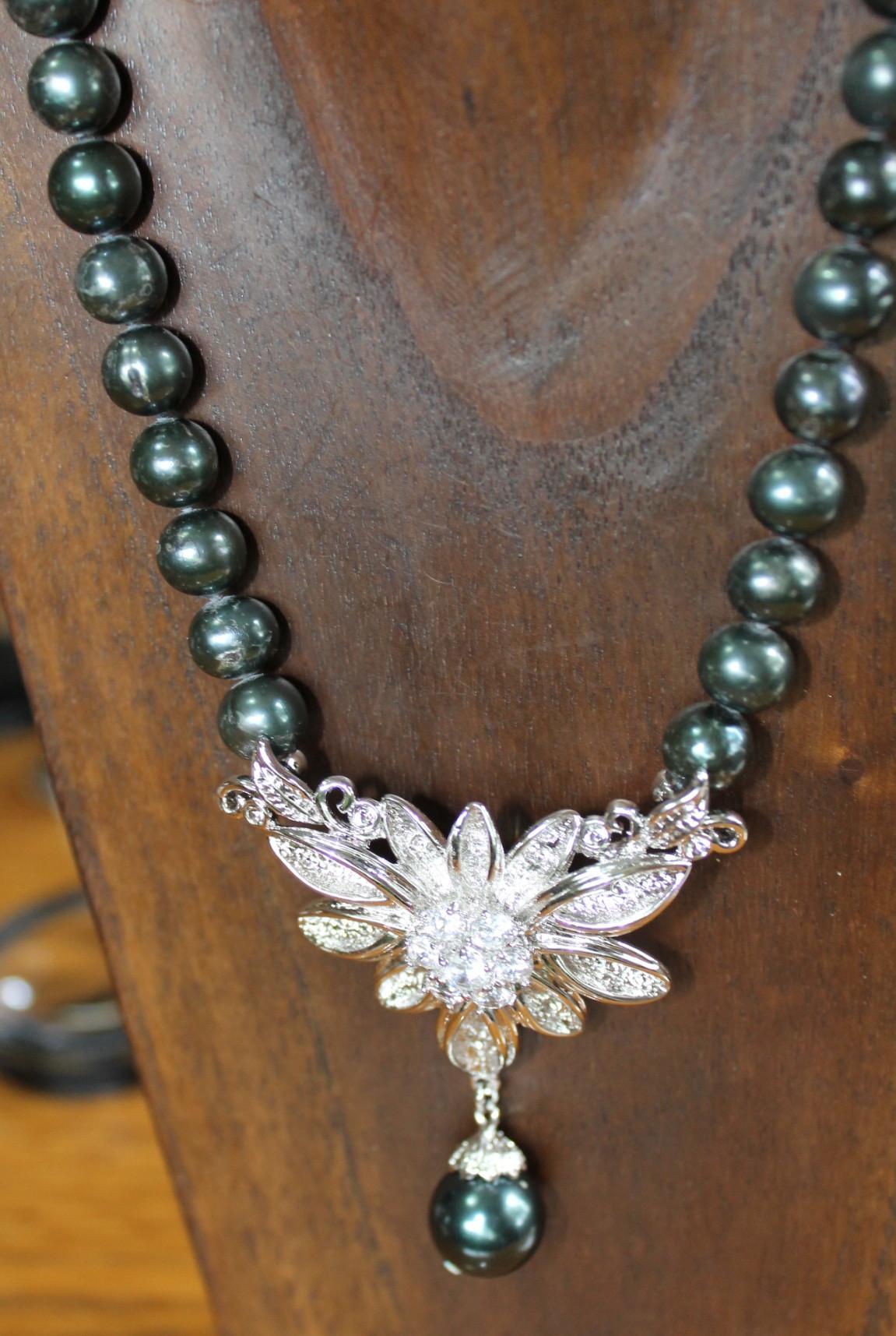 Collares piedras semipreciosas brazaletes y sortijas - Piedras para collares ...