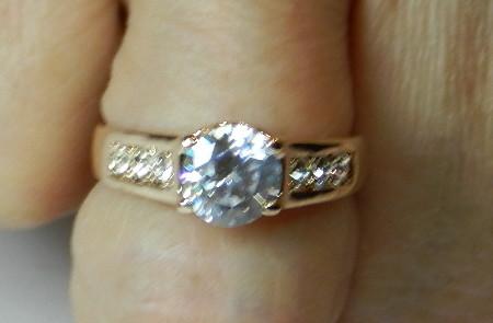 095cd9f58355 Anillo oro rosa con cristal swarovski n754