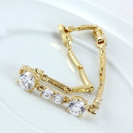 d5c00a4b2e34 Pulsera brazalete de oro con zirconitas 20