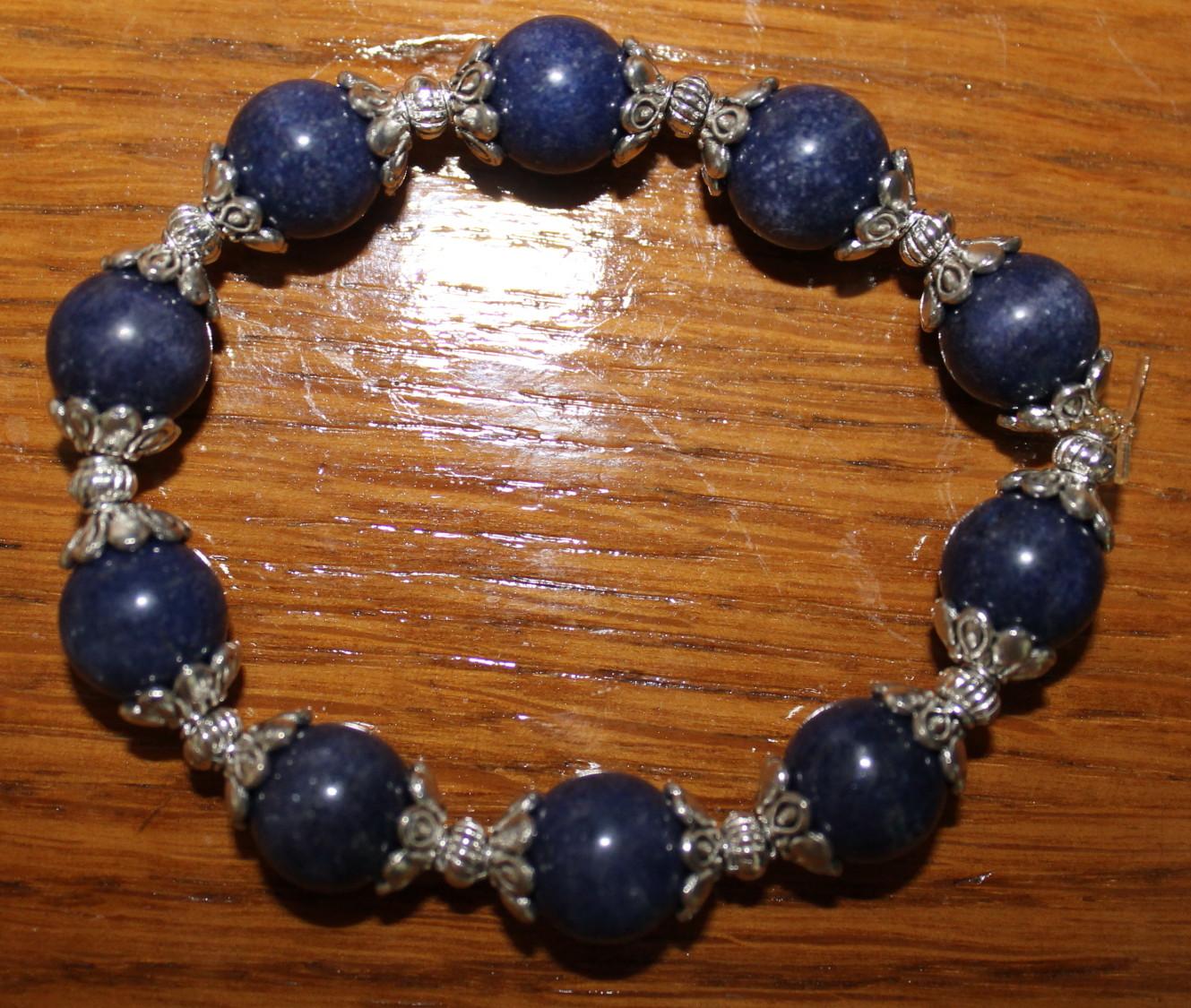 cbf46201ce93 Pulsera de plata tibetana y perlas de lapislazuli n2349 – Brazaletes y  Sortijas